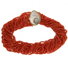 Coral blister necklace