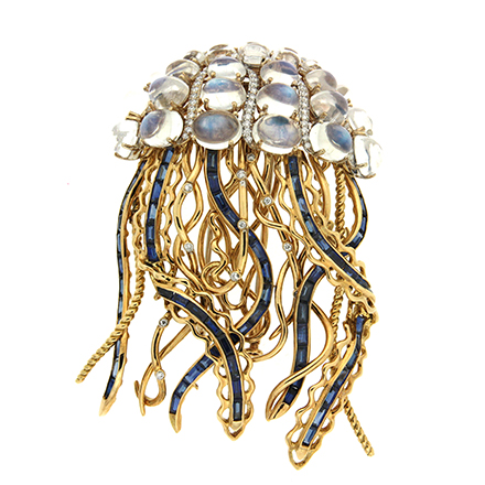 Early history on Brooches