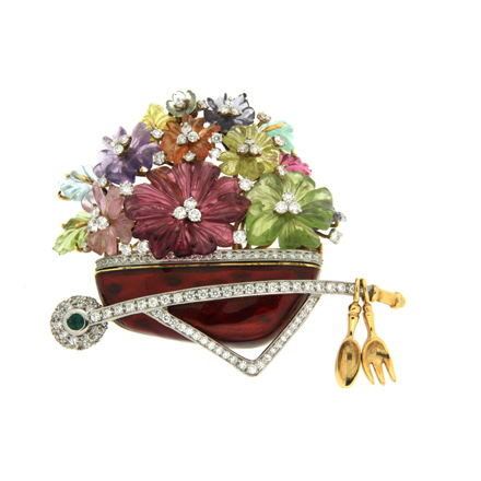 Preserving Brooches Is Nothing Like Stacking the Rest of Your Jewelry