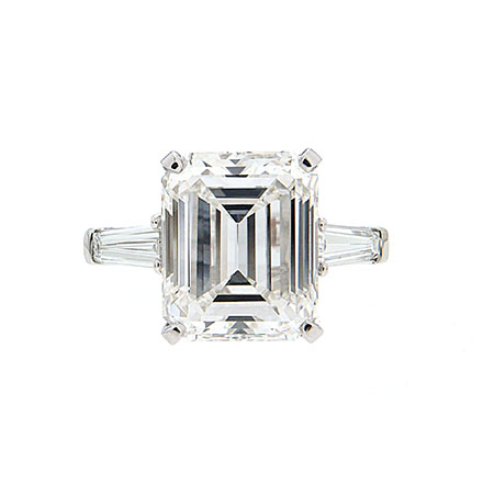 Diamond Shapes That Have a Distinctly Slenderizing Effect