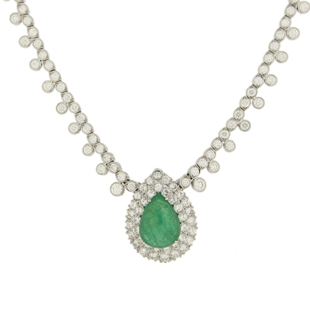 Necklaces That Bring Back the Vintage Glamour