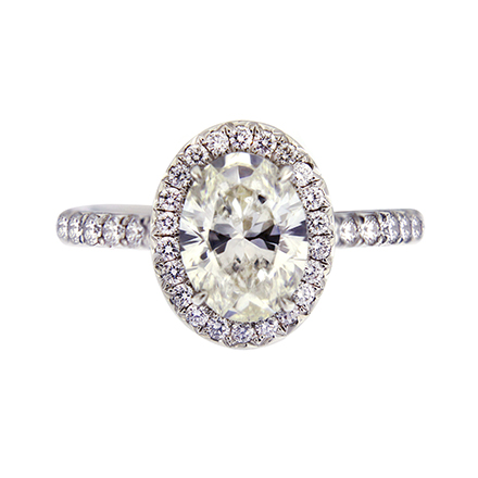 Ideas to Custom-Design an Oval-Cut Diamond Engagement Ring